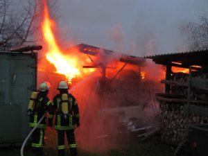 Ein typisches Beispiel für einen Einsatz mit Brandbekämpfung