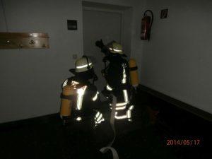 Ausbildung von Atemschutzgeräteträgern beim Vorgehen im Innenangriff